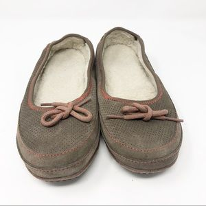 7 LL Bean Brown Suede Fleece Lined Bow Slippers